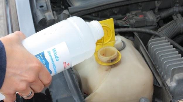 Jeżeli wody dolano niedużo, to nie powinno być problemów. /Motor