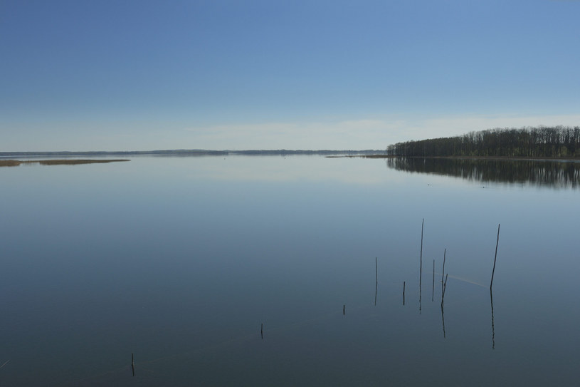 Jezioro Dargin, zdjęcie ilustracyjne /PIOTR PLACZKOWSKI/REPORTER /Reporter