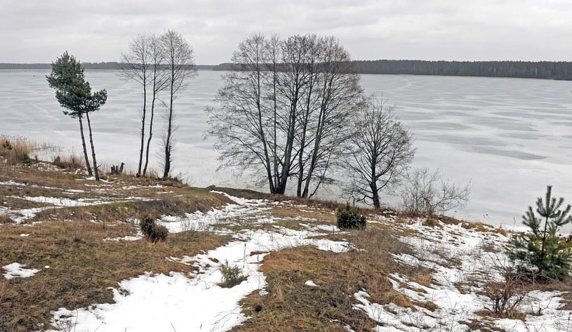 Jezioro Nidzkie, zdj. ilustracyjne /Jan Bielecki /East News