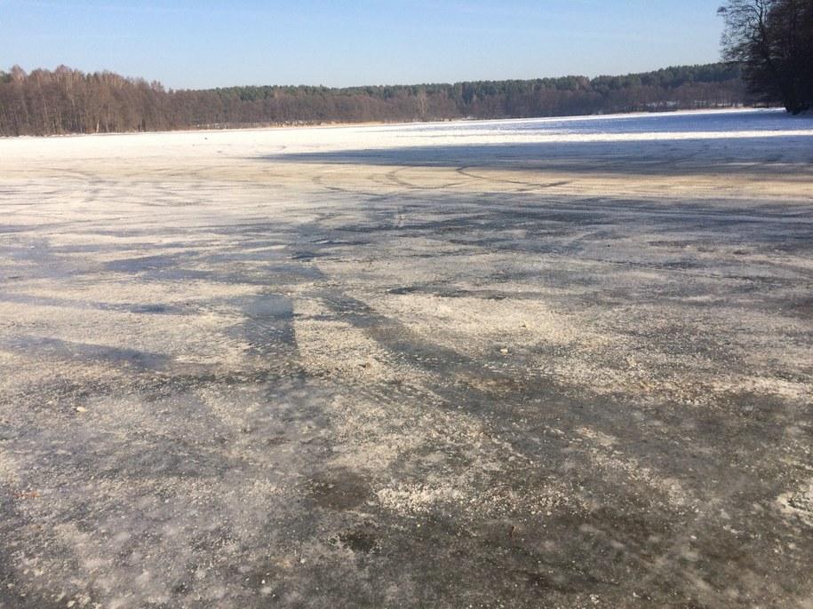 Jezioro, po którym jeżdżą kierowcy /Piotr Bułakowski /RMF FM