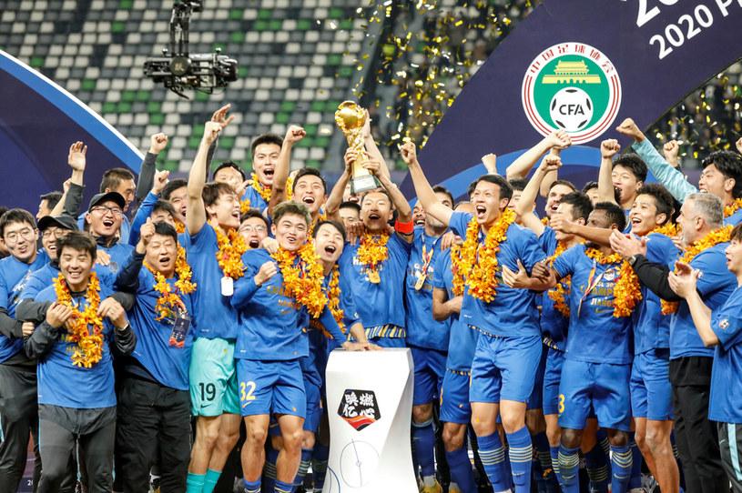 Jiangsu Suning świętuje tytuł mistrzowski / STR   /AFP