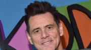 Jim Carrey namawia do zrzucenia ubrań