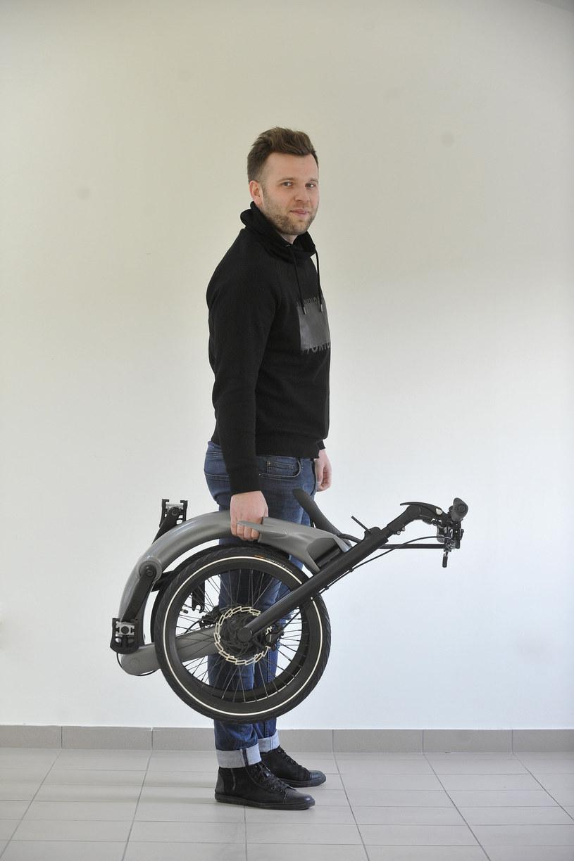 JIVR Bike ma zawojować wielkie, zakorkowane miasta na całym świecie /East News