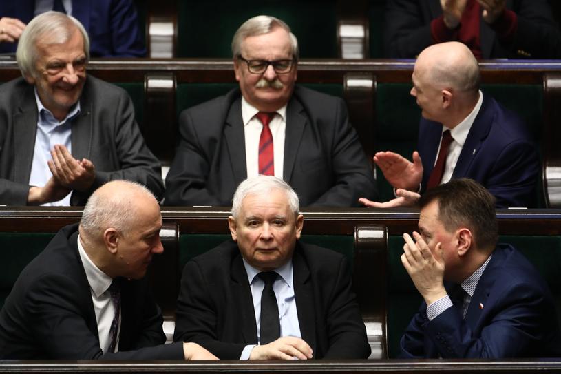 Joachim Brudziński, Jarosław Kaczyński i Mariusz Błaszczak /Stanisław Kowalczuk /East News