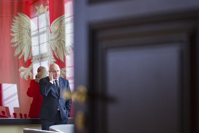 Joachim Brudziński obawia się, że przepisy mogą poskutkować cenzurą /Andrzej Hulimka  /Reporter