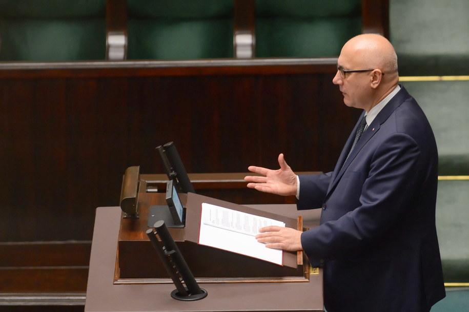 Joachim Brudziński zdradził, co stało się ze zgłoszeniem matki Stefana W. / Jakub Kamiński    /PAP