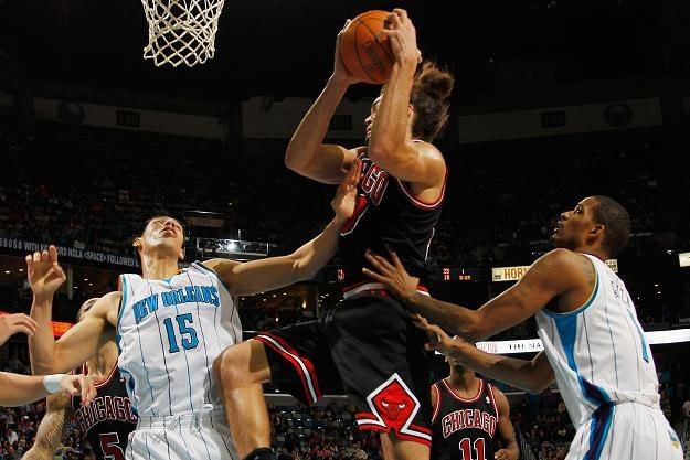 Joakim Noah zebrał 10 piłek dla Bulls /AFP