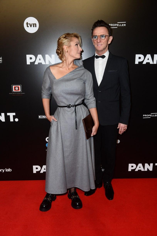 """Joanna Brodzik i Paweł Wilczak na premierze filmu """"Pan T."""" /Piotr Andrzejczak /MWMedia"""