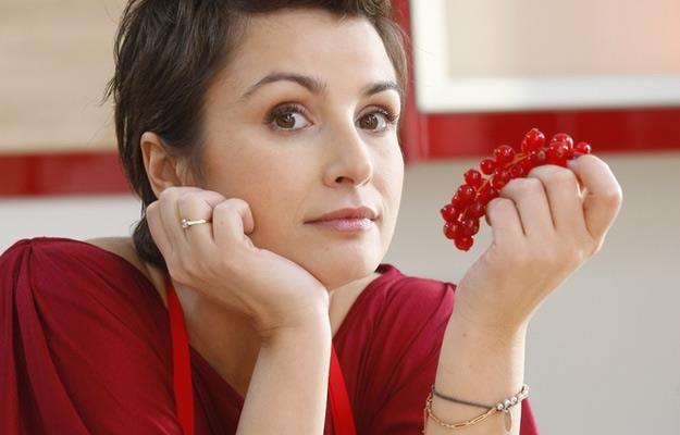 """Joanna Brodzik na planie programu """"Brodzik od kuchni"""" (2010 rok) /AKPA"""