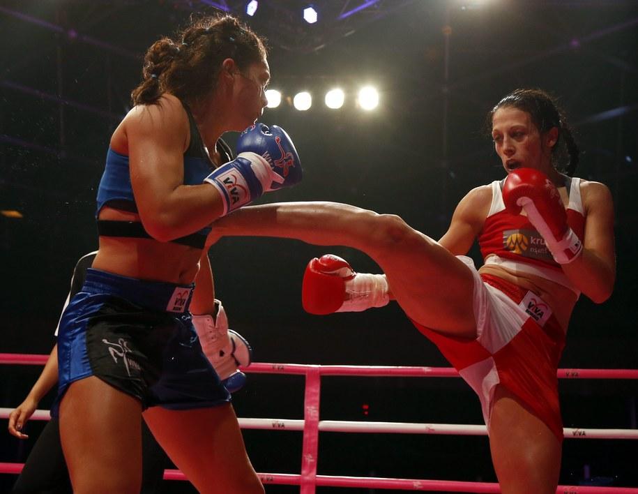 Joanna Jędrzejczyk w roli gwiazdy na gali UFC w Chicago /RUNGROJ YONGRIT /PAP/EPA