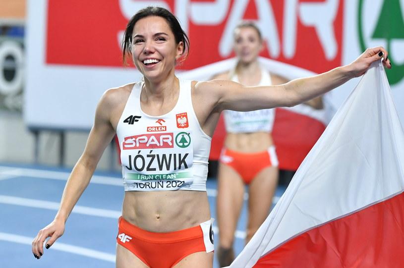 Joanna Jóźwik /Adam Warżawa /PAP