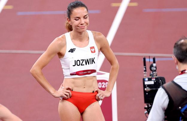 Joanna Jóźwik / Leszek Szymański    /PAP