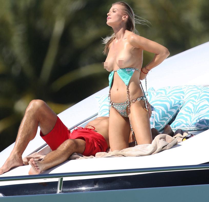 Joanna Krupa nadal ma kontakt z byłym mężem /East News