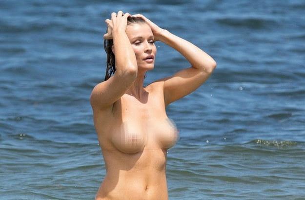 Joanna Krupa narzeka na swoje życie seksualne /East News