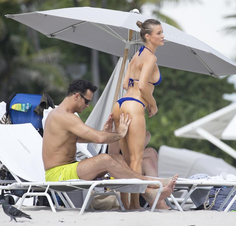 Joanna Krupa nie może zapomnieć o Romainie? /East News