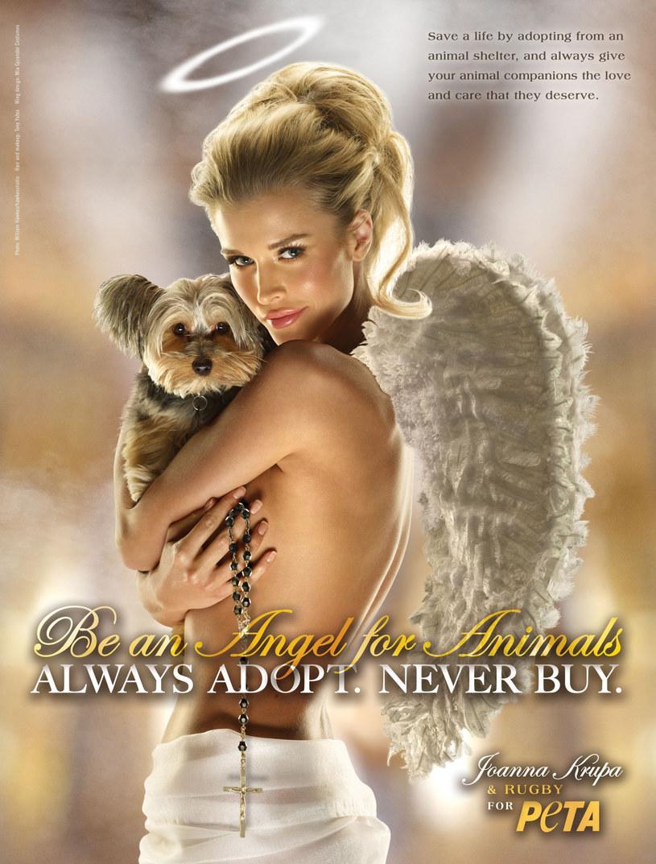 Joanna Krupa w kampanii PETA /East News