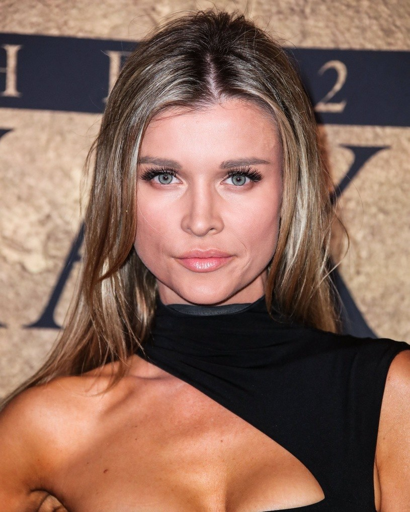 Joanna Krupa wielokrotnie pozowała do nagich sesji zdjęciowych /East News