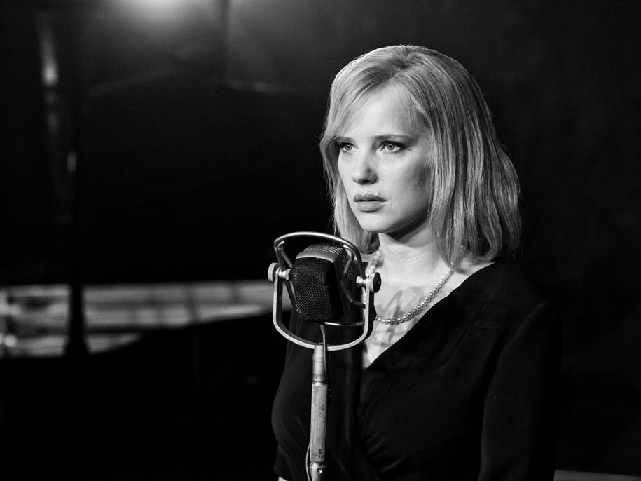 """Joanna Kulig na planie """"Zimnej wojny"""" /Łukasz Bąk/Kino Świat /Materiały prasowe"""
