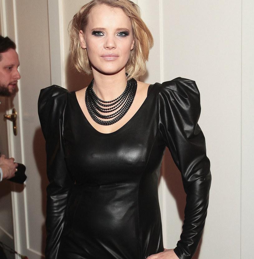 Joanna Kulig w najmodniejszej sukience jesieni /East News