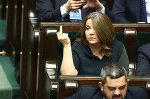 """Joanna Lichocka i jej gest. """"Na pewno ją ukarzą"""". Tylko kiedy?"""