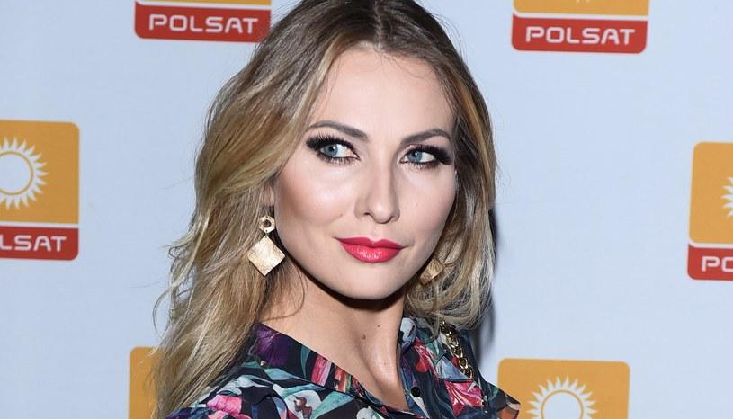 Joanna Moro opublikowała zdjęcie,  na którym jest bez makijażu. Takiej reakcji fanów się nie spodziewała /Andras Szilagyi /MWMedia