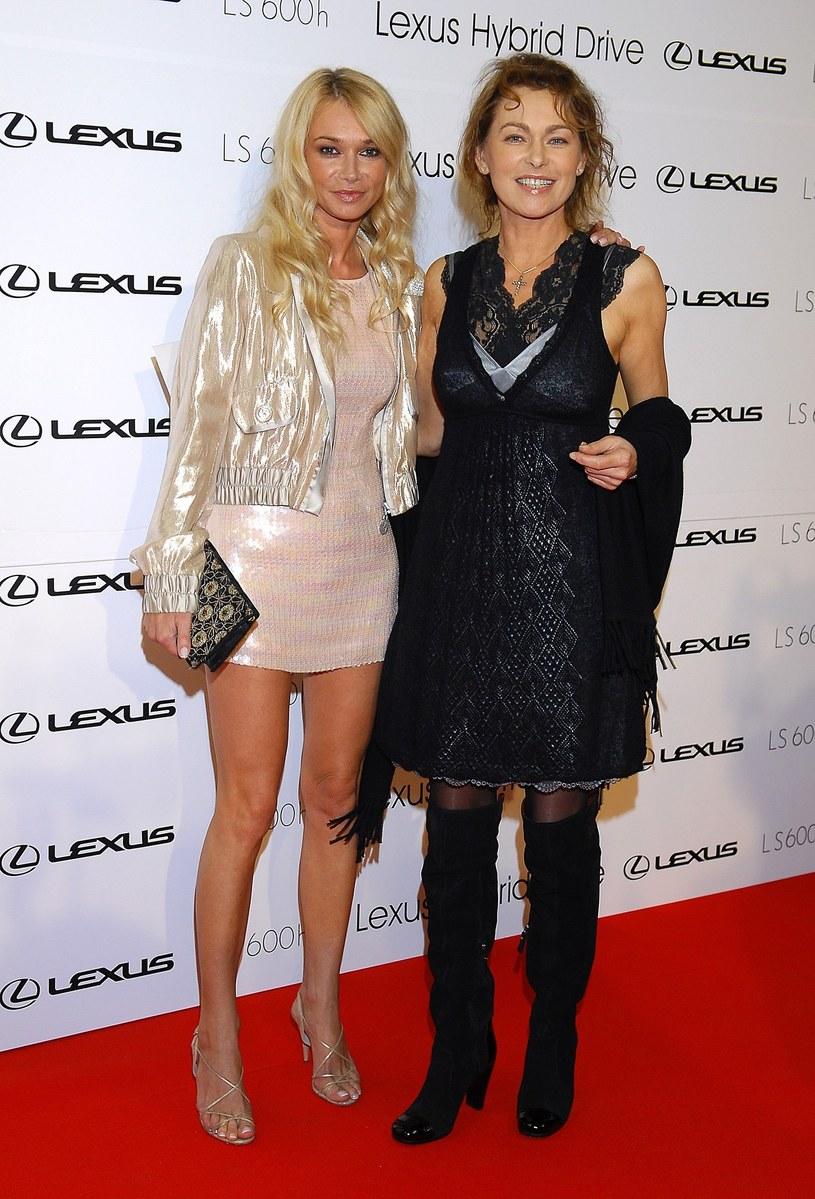 Joanna Pacuła z siostrą Ewą /Tricolors /East News