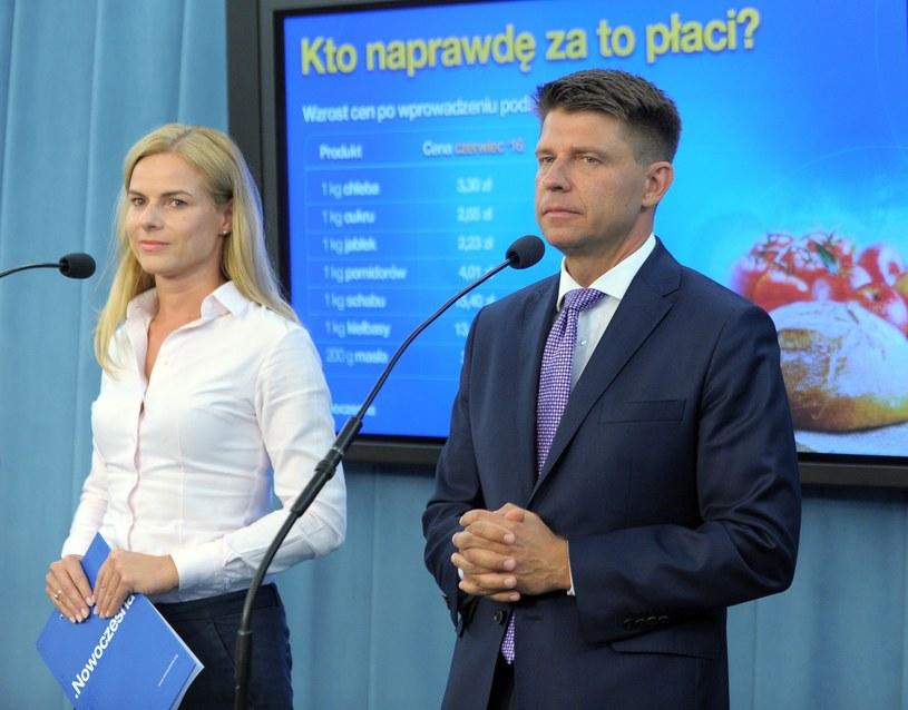 Joanna Schmidt i Ryszard Petru latali po Polsce /Jan Bielecki /East News