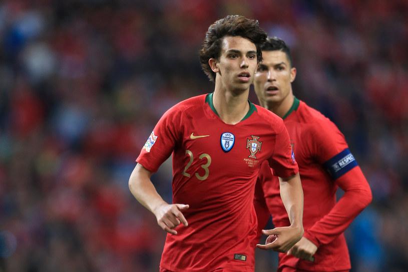 Joao Felix, za nim Cristiano Ronaldo /Getty Images