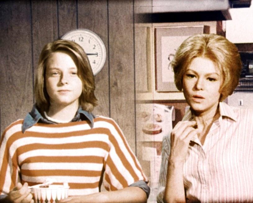 "Jodie Foster i Barbara Harris w ""Zwariowanym piątku"" /Everett Collection /East News"