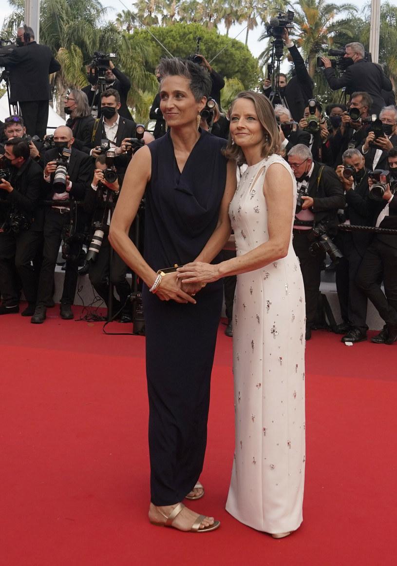 Jodie Foster pozowała wraz z żoną, fotografką i reżyserką Alexandrą Hedison /AP/Associated Press/ /East News