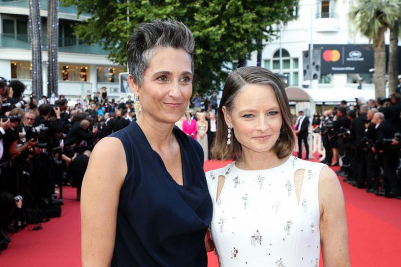 Jodie Foster ze swoją żoną, Alexandrą Hedison /LAURENT LAURENT VU/SIPA /East News