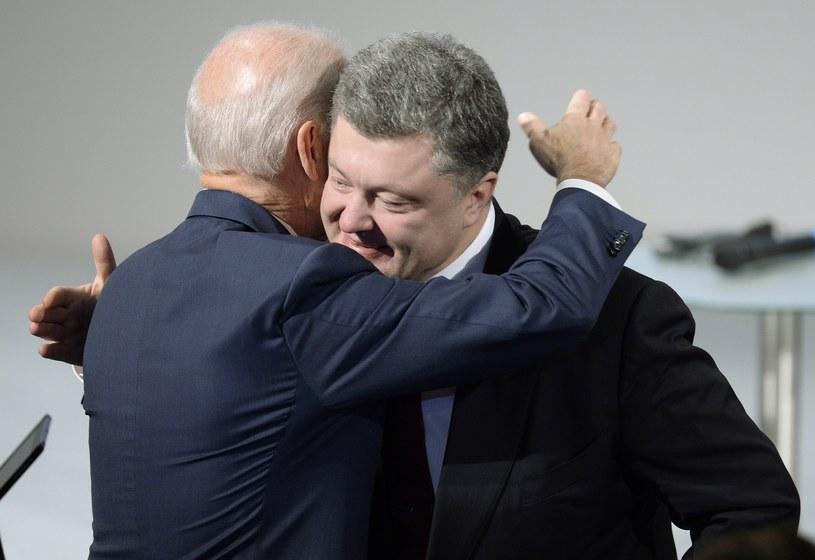 Joe Biden i Petro Poroszenko /AFP