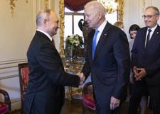 Joe Biden i Władimir Putin wymienili się prezentami. Wśród nich bizon i zestaw na biurko