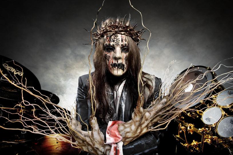 Joey Jordison w barwach Slipknot w 2008 r. / Steve Brown/Photoshot /Getty Images