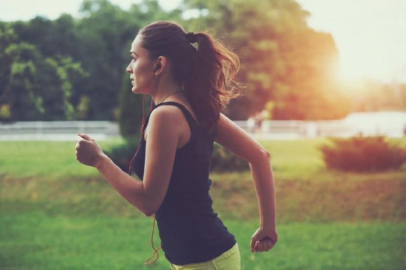 Jogging pomaga regulować ciśnienie /©123RF/PICSEL