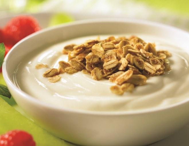 Jogurt grecki także jest możliwy do przygotowania w domu /materiały prasowe