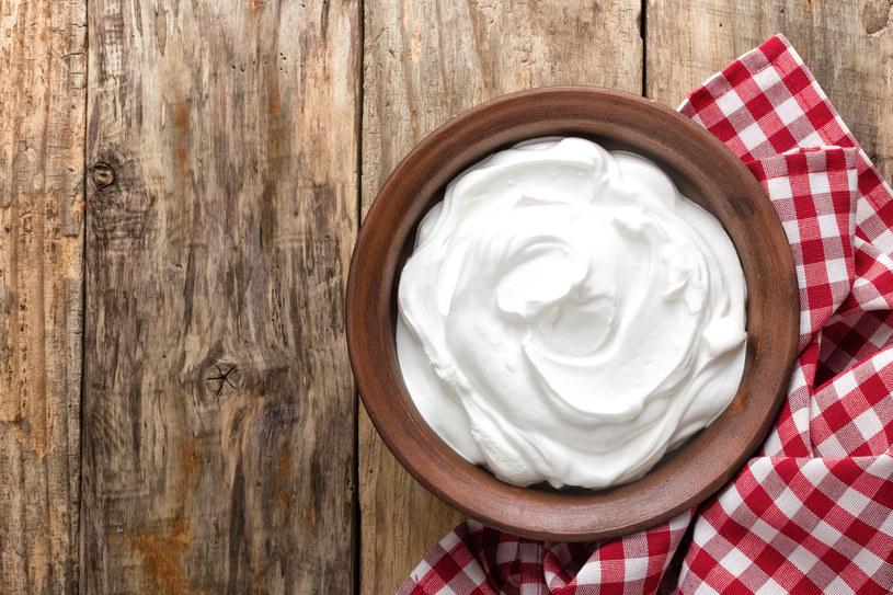 Jogurt naturalny jest bardzo zdrowy: Pod warunkiem, że nie ma sztucznych dodatków /123RF/PICSEL