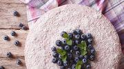 Jogurtowe malibu z jagodami