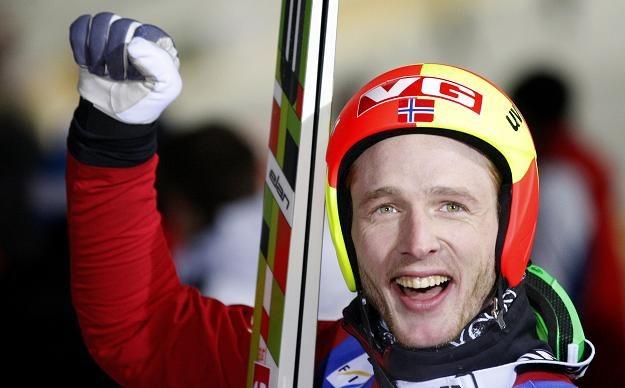 Johan Remen Evensen ustanowił w piątek nowy rekord świata w długości skoku narciarskiego /AFP