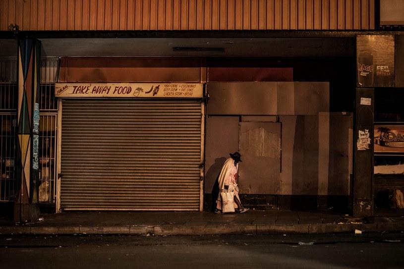 Johhanesburg - epidemia zamroziła wiele biznesów /AFP