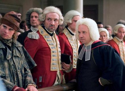 """""""John Adams"""" wyprodukowany przez Toma Hanksa znalazł się na Top10 najlepszych seriali 2008 roku /materiały programowe"""