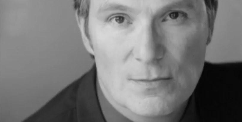 John Cygan - fragment filmowego hołdu złożonego w serwisie YouTube.com na kanale: SPANISH FILMS /materiały źródłowe