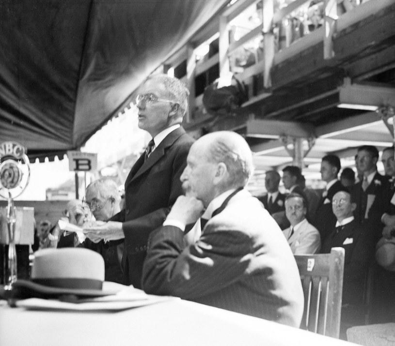 John D. Rockefeller Jr., amerykański przemysłowiec (przemawia) /East News
