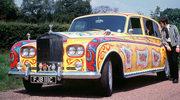 John Lennon i jego żółty Rolls Royce