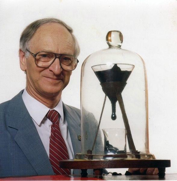 John Mainstone z eksperymentem.  Fot. John Mainstone /materiały prasowe