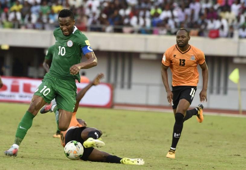 John Obi Mikel (z lewej) /AFP