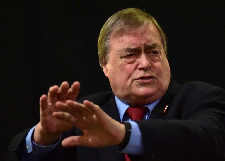 John Prescott, wicepremier w rządzie Tony'ego Blaira /Leon Neal / AFP /AFP