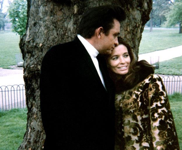 Johnny Cash i June Carter (fot. 20thCentFox/Courtesy Everett Collection) /East News
