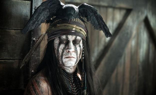 """Johnny Depp w filmie """"Jeździec znikąd"""" /materiały prasowe"""