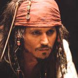 """Johnny Depp w filmie """"Piraci z Karaibów. Klątwa Czarnej Perły"""" /"""